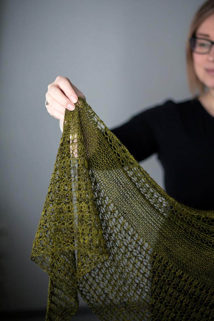 Wildheart shawl pattern from Woolenberry