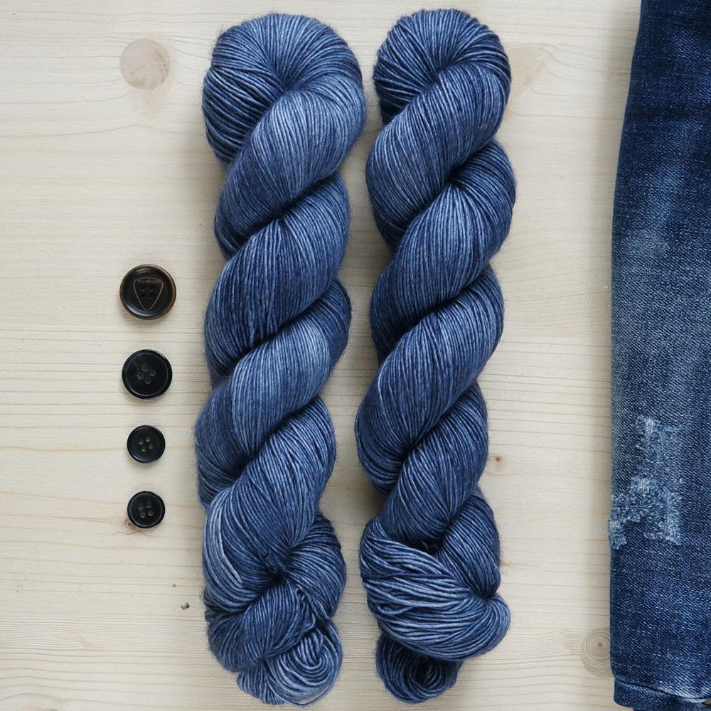 Frida Fuchs Hand Dyed yarn from Berlin