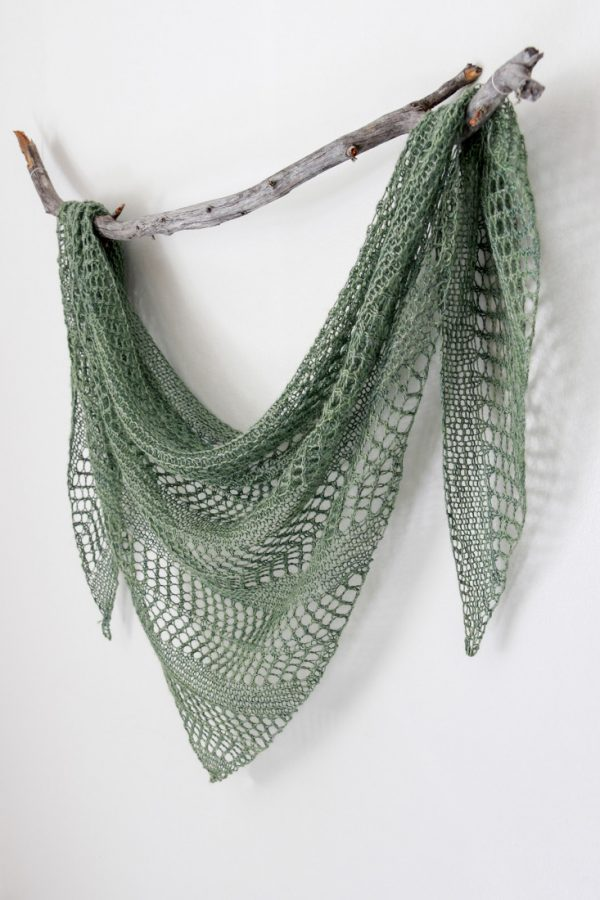 Linum shawl pattern from Woolenberry