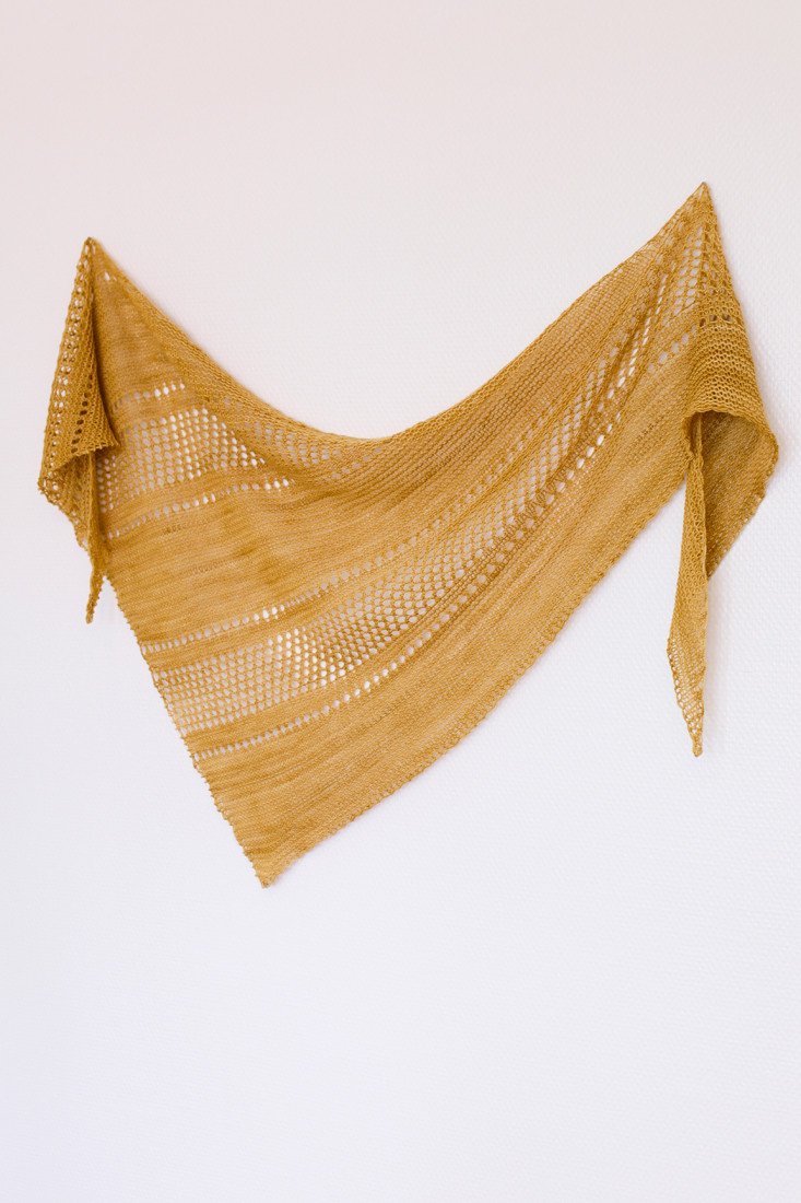 Ardent shawl pattern from Woolenberry