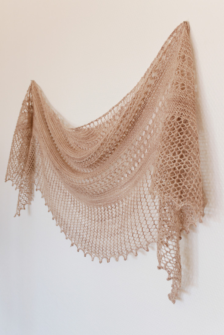 Gossamer shawl pattern from Woolenberry