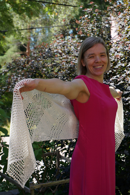 Project Love: Shine shawl from Woolenberry