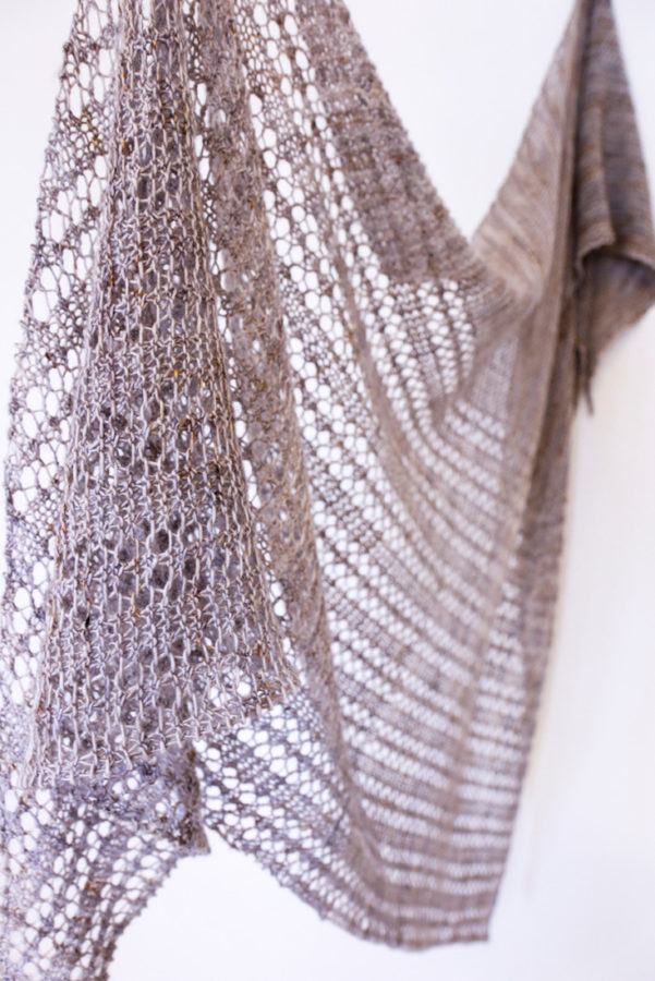 Treillage shawl pattern from Woolenberry