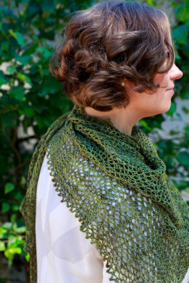 Velvet Moss shawl pattern for one skein of fingering weight yarn